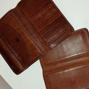 Vintage Gap brown leather wallet